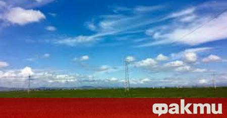 Днес преди обяд все още облачността над североизточната половина от