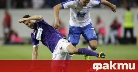 Трима от основните футболисти на Осиек подписаха нови договори и