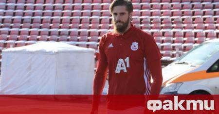 Разтрогналият с ЦСКА бранител Раул Албентоса вече е получил запитвания