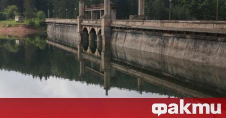 21 572 400 куб. м вода има в захранващия Перник