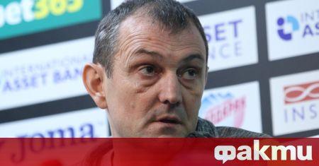 Златомир Загорчич ще бъде представен като старши треньор на Славия