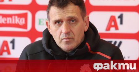 Бившият треньор на ЦСКА Бруно Акрапович е завел дело срещу