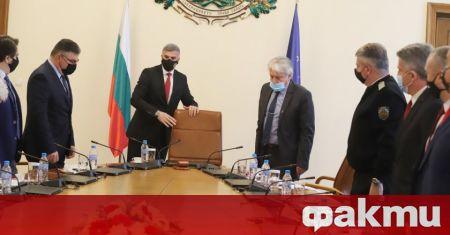 Служебното правителство ще направи отчет на дейността си днес, предаде