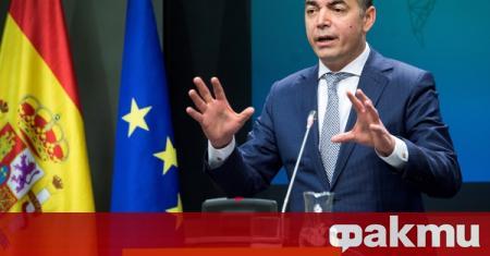 ЕС трябва да заеме принципна позиция по въпроса с македонския