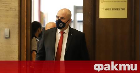 Главният прокурор Иван Гешев нападна остро президента Румен Радев в