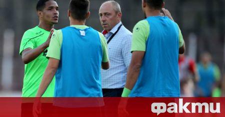 Треньорът на Черно море Илиан Илиев логично беше разочарован след