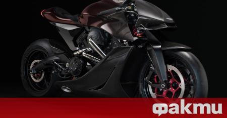 Първият по рода си мотоциклет с логото на Aston Martin,