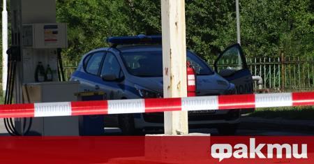 5000 лева липсват след въоръжен грабеж от бензиностанция в Бобов