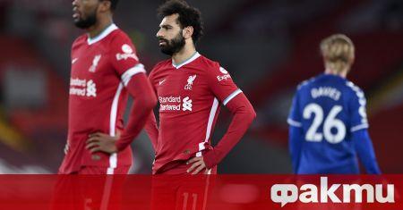 """Евертън шокира шампиона Ливърпул с 2:0 на """"Анфийлд"""" в градско"""