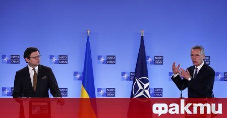 Генералният секретар на НАТО Йенс Столтенберг призова Русия да прекрати