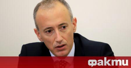 Министърът на образованието и науката в оставка Красимир Вълчев предлага