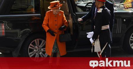 Кралицата на Великобритания Елизабет Втора призова поданиците си да последват
