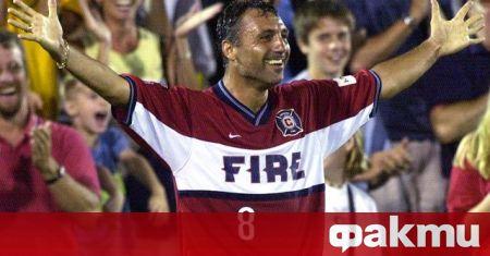 Най-големият български футболист Христо Стоичков получи поредно признание, попадайки в