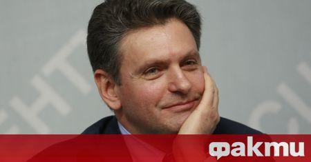 """Председателят на партия """"Възраждане на Отечеството"""" Николай Малинов подписа в"""