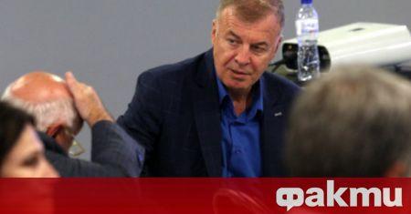 Левски ще форсира преговорите с бившия старши треньор на тима
