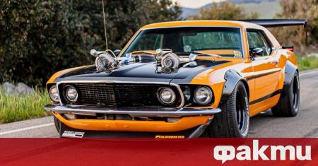 Този Ford Mustang от 1969 година изглежда като герой от