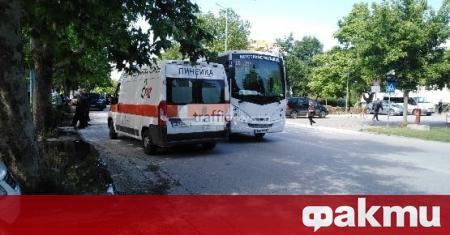 61-годишен мъж е блъснат от градски автобус в Пловдив, съобщиха