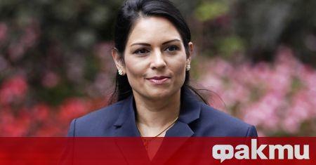 Министърът на вътрешните работи на Великобритания Прити Пател е обвинила