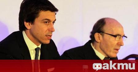 Спортният директор на Мерцедес Тото Волф е купил 5% от