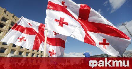 Хиляди участват в протест в Грузия, съобщи ТАСС. Порестите започнаха
