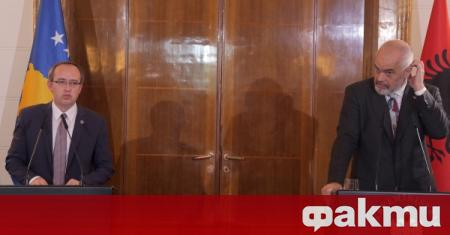 Премиерът на Косово Авдулах Хоти е на посещение в Албания,