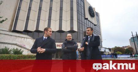 Започва Конгресът на БФС, дългоочакван от футболните хора в България.