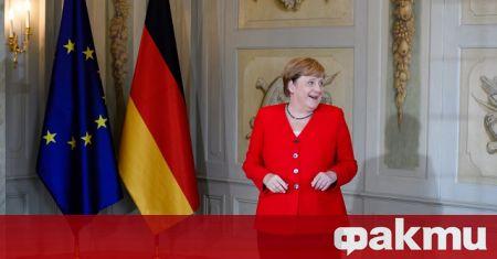 Германската канцлерка Ангела Меркел призова днес парламента да одобри нови
