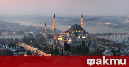 От днес влизат в сила в Турция строги финансови мерки,