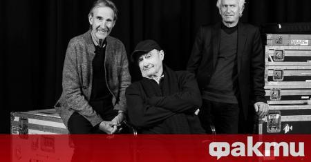 Тони Банкс, Майк Ръдърфорд и Фил Колинс се събраха отново
