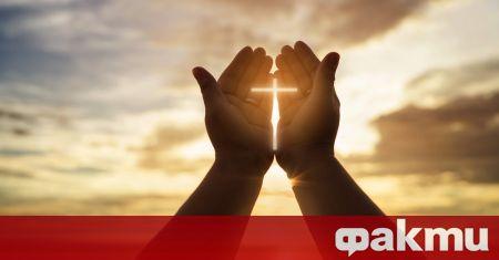 На 29 юли православната църква почита Свети Мъченик Калиник. Според