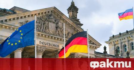 Германските промишлени поръчки отбелязват рекорден спад от 25.8% през април,
