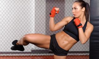 Тренирайте кикбокс вкъщи (ВИДЕО)