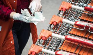 Австрия отваря магазините след седмица