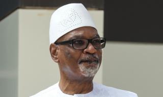 Малийският президент подаде оставка, след като беше задържан