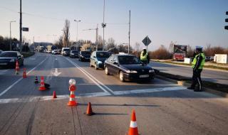 Блокада в Пловдив, километрични опашки на изходите на града (СНИМКИ)