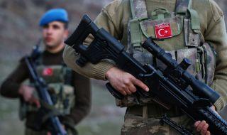 Убиха двама турски войници