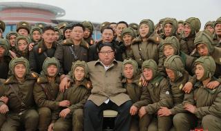 Ким затяга бойните редици