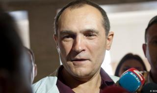Божков отново захапа Горанов