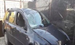 Галопиращ кон размаза кола в Дупница