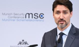 Правителството на Канада попадна в ураган
