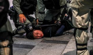 Пекин заплаши Лондон: Направете стъпка назад, ще има последици