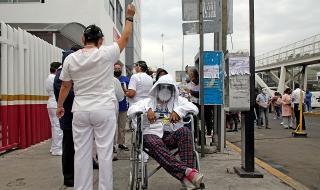 Поне 5 жертви взе мощното земетресение в Мексико
