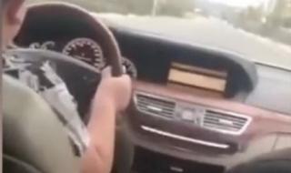 Ромски барон учи 9-годишния си син да шофира (ВИДЕО)