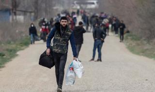 Гърция потвърди, че по турския бряг се събират мигранти