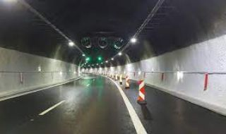 """Ограничават движението в тунел """"Големо Бучино"""" - 1"""