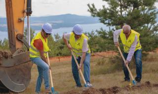 Започна строежът на ново голф игрище