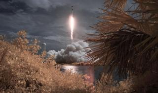 SpaceX и НАСА изстреляха Dragon с двама астронавти