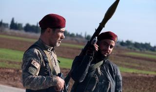 Турция изгражда нова военна база в Идлиб