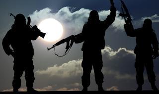 Израел призна: Въоръжаваме сирийски бунтовници срещу Асад