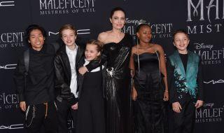 Три от децата на Джоли и Пит искали да свидетелстват срещу баща си